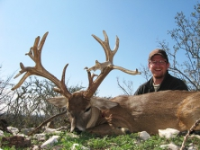 Texas Whitetail Hunts at Morani River Ranch